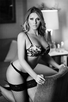 Elysa Manchester City Tantric Massage escort